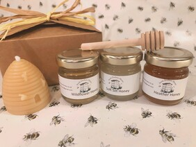 Mini 3 Honeys and Candle Gift Box