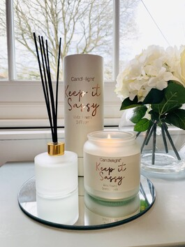 'Keep It Sassy' Candle And Diffuser - White Flowers Scent