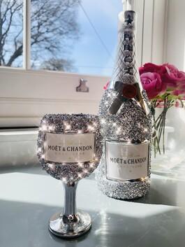 Crystal Glitz Bottle of Moet & Glass