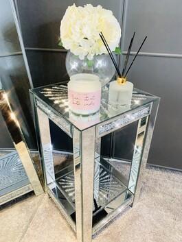 Crystal Fan Mirrored Table